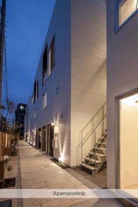 神奈川県川崎市中原区、武蔵小杉駅徒歩30分の築2年 3階建の賃貸マンション