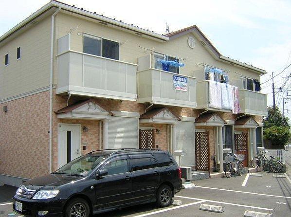 神奈川県藤沢市、辻堂駅徒歩12分の築12年 2階建の賃貸テラスハウス
