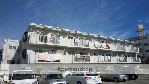 神奈川県藤沢市、藤沢駅徒歩24分の築30年 3階建の賃貸マンション