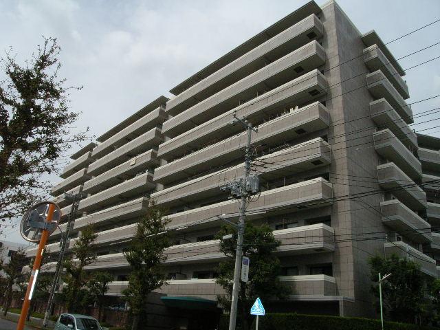 神奈川県藤沢市、藤沢駅徒歩12分の築20年 9階建の賃貸マンション