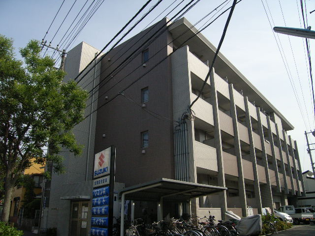 神奈川県藤沢市、藤沢駅徒歩18分の築10年 4階建の賃貸マンション