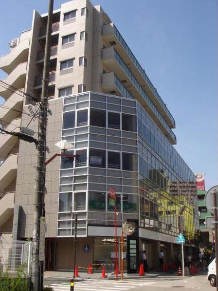 神奈川県藤沢市、藤沢駅徒歩3分の築10年 8階建の賃貸マンション