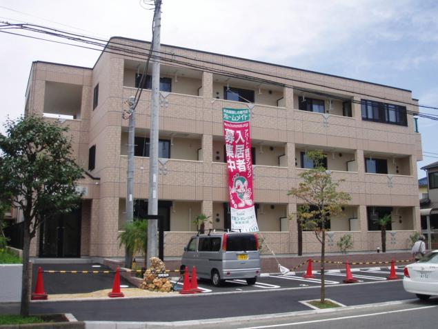 神奈川県茅ヶ崎市、茅ケ崎駅徒歩26分の築6年 3階建の賃貸マンション