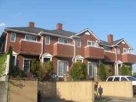 神奈川県藤沢市、藤沢駅徒歩26分の築19年 2階建の賃貸テラスハウス