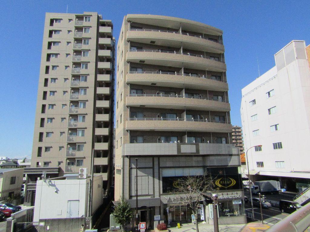 神奈川県藤沢市、藤沢駅徒歩8分の築16年 8階建の賃貸マンション