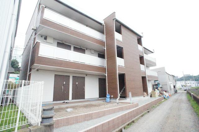 神奈川県藤沢市、藤沢駅徒歩20分の新築 3階建の賃貸アパート