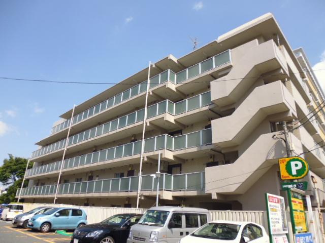 神奈川県藤沢市、藤沢駅徒歩18分の築31年 5階建の賃貸マンション