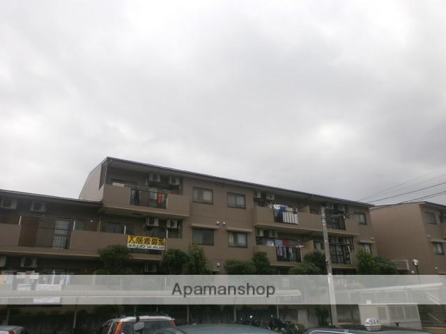 神奈川県川崎市麻生区、五月台駅徒歩25分の築16年 3階建の賃貸マンション