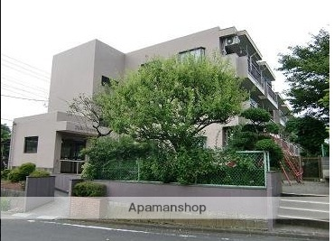 東京都稲城市、新百合ヶ丘駅徒歩18分の築35年 3階建の賃貸マンション