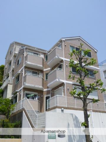 神奈川県川崎市麻生区、読売ランド前駅徒歩12分の築11年 3階建の賃貸アパート