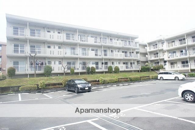 神奈川県川崎市麻生区、新百合ヶ丘駅徒歩21分の築27年 3階建の賃貸マンション