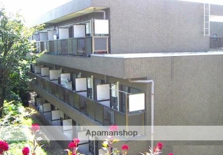 東京都町田市、鶴川駅徒歩22分の築20年 3階建の賃貸マンション