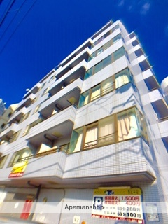 神奈川県横浜市西区、横浜駅徒歩17分の築22年 8階建の賃貸マンション