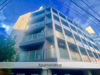 神奈川県横浜市西区、横浜駅徒歩7分の築15年 8階建の賃貸マンション