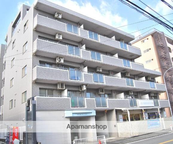 神奈川県横浜市西区、横浜駅徒歩11分の築17年 6階建の賃貸マンション