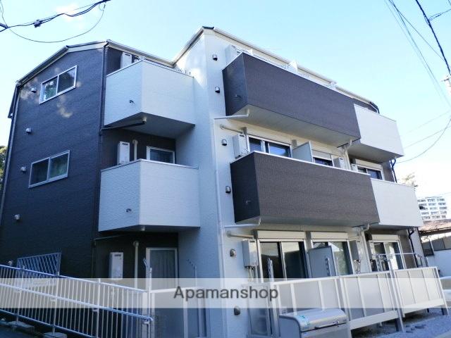 神奈川県横浜市西区、横浜駅徒歩13分の築1年 3階建の賃貸アパート