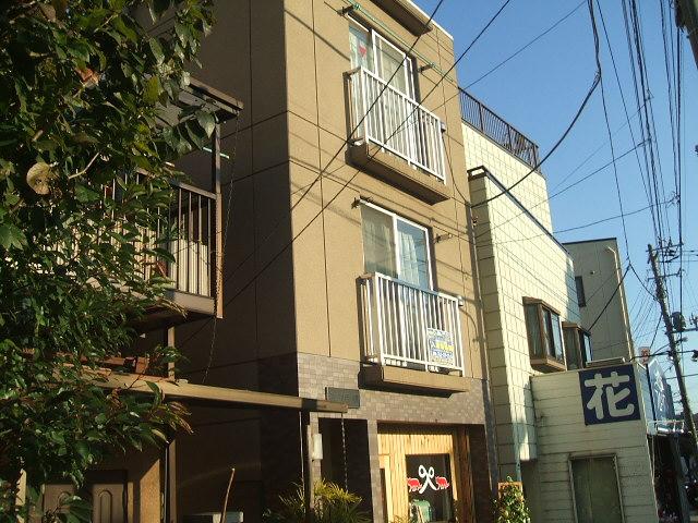 神奈川県横浜市中区、石川町駅徒歩9分の築13年 3階建の賃貸マンション