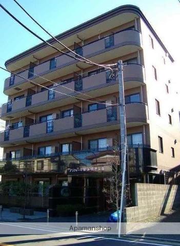 神奈川県横浜市西区、横浜駅徒歩12分の築11年 5階建の賃貸マンション