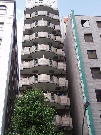 グリフィン横浜・馬車道駅前