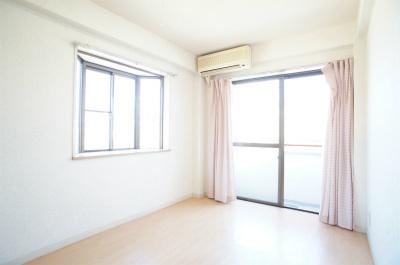 ヴィラ西横浜A棟[1R/14.4m2]のリビング・居間1