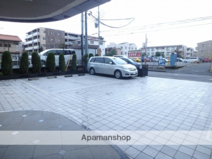 グリフィン武蔵中原・スクエアコート[1K/21.49m2]の駐車場