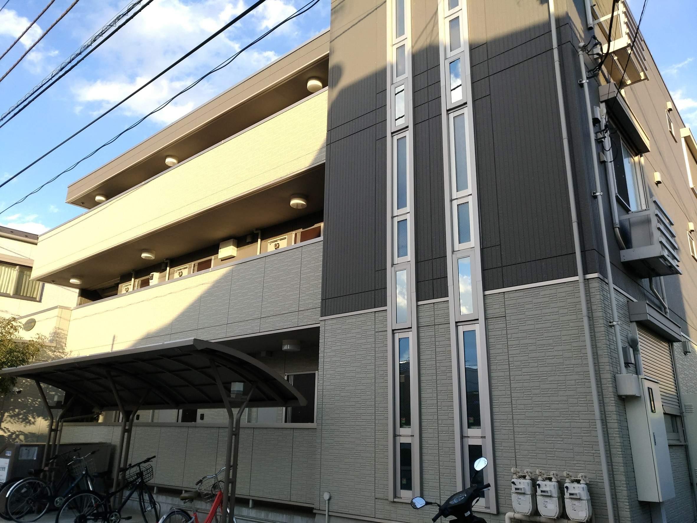 神奈川県川崎市幸区、矢向駅徒歩20分の築4年 3階建の賃貸アパート