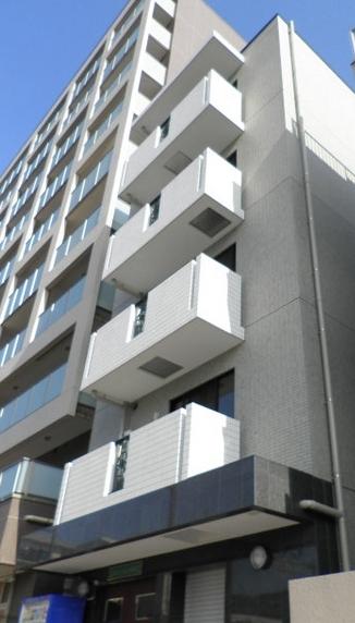 神奈川県川崎市幸区、川崎駅徒歩13分の築4年 5階建の賃貸マンション