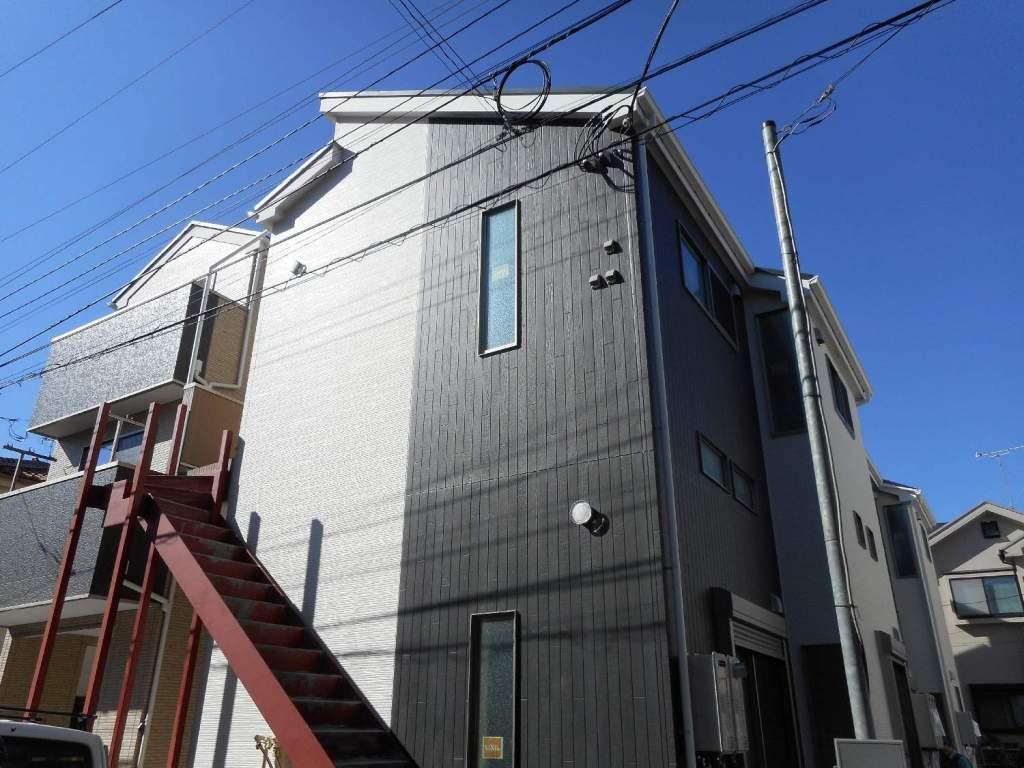 神奈川県川崎市幸区、矢向駅徒歩22分の築2年 2階建の賃貸アパート