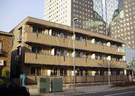 神奈川県川崎市幸区、川崎駅徒歩5分の築7年 3階建の賃貸アパート