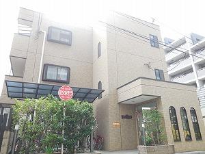 神奈川県川崎市川崎区、川崎駅徒歩15分の築9年 3階建の賃貸マンション