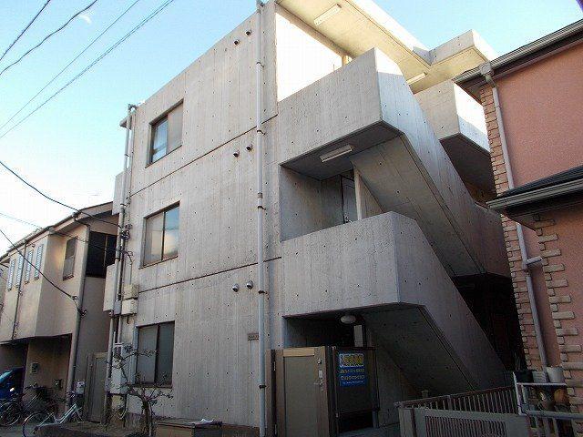 神奈川県川崎市幸区、川崎駅徒歩9分の築25年 3階建の賃貸マンション