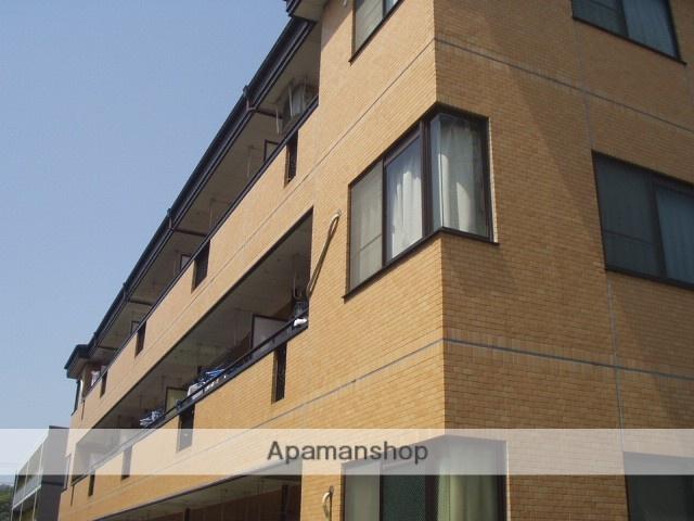 神奈川県川崎市幸区、新川崎駅徒歩20分の築29年 3階建の賃貸マンション