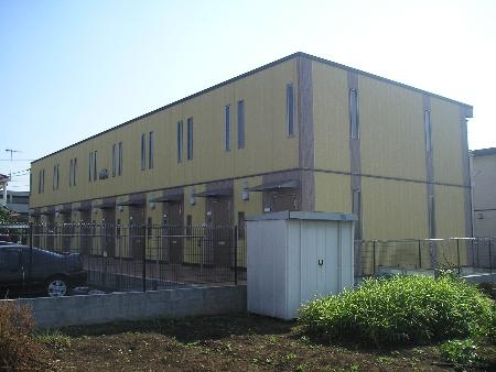 神奈川県厚木市の築10年 2階建の賃貸テラスハウス