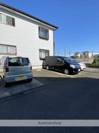 リッチフィールド[2DK/44.6m2]の駐車場