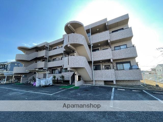 神奈川県藤沢市、六会日大前駅徒歩14分の築21年 3階建の賃貸マンション