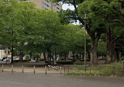 パークアクシス横濱大通り公園[1DK/33.25m2]の周辺2