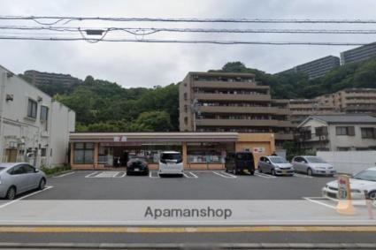 神奈川県横浜市磯子区森が丘1丁目[1K/18.02m2]の周辺4