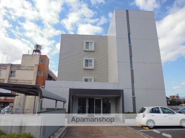 新潟県新潟市中央区、新潟駅徒歩10分の築11年 4階建の賃貸マンション