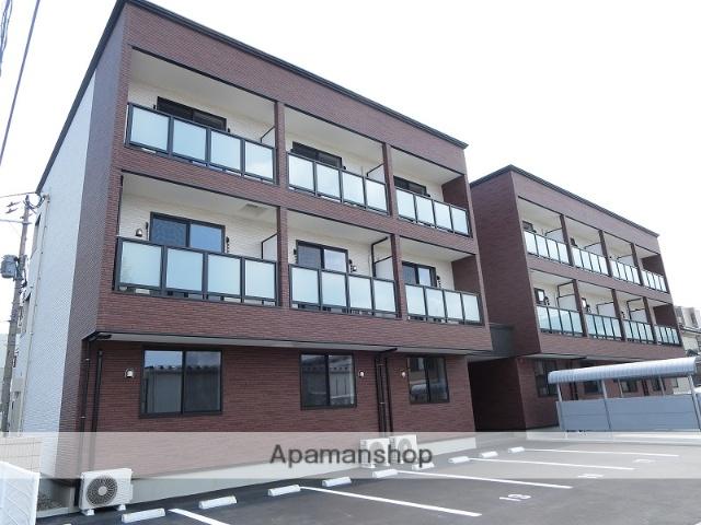 新潟県新潟市中央区の築1年 3階建の賃貸アパート