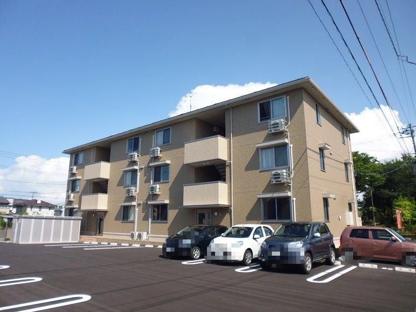 新潟県新潟市東区、越後石山駅徒歩15分の築3年 3階建の賃貸アパート