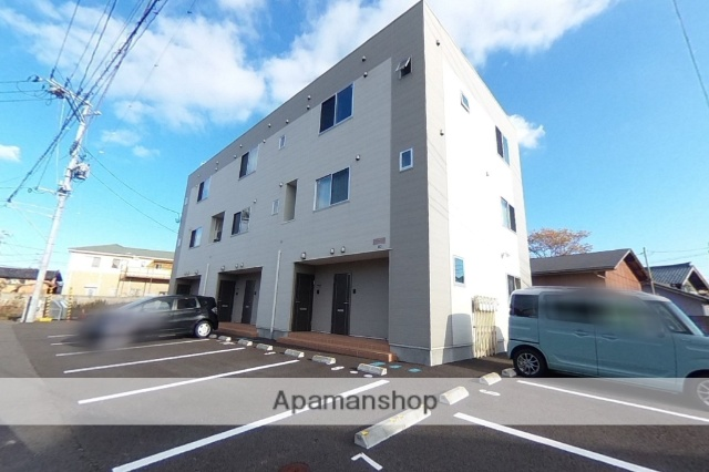 新潟県新潟市東区の新築 3階建の賃貸アパート