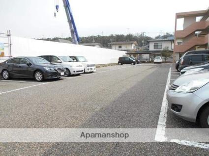 メモリーワールド[2DK/53.55m2]の駐車場