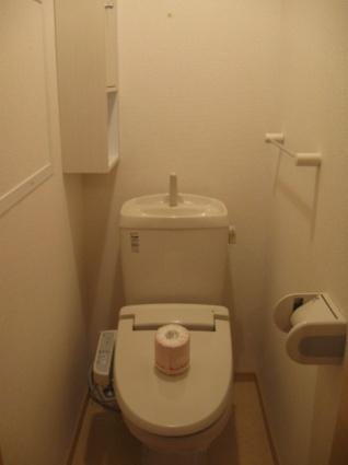 ラヴェルⅠ[2LDK/57.01m2]のトイレ