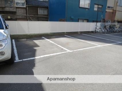 ウォーターフロント礎町[1K/21.74m2]の駐車場