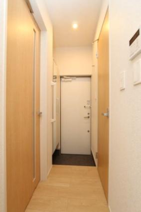 ジャスミン A[1K/25.83m2]の玄関