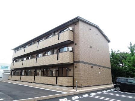 新潟県新潟市東区、越後石山駅徒歩7分の築1年 3階建の賃貸アパート