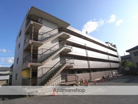新潟県新潟市中央区、新潟駅徒歩28分の築42年 4階建の賃貸マンション