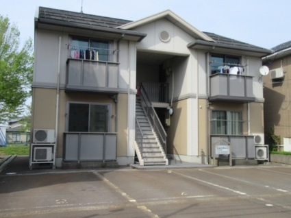 新潟県長岡市、宮内駅徒歩15分の築15年 2階建の賃貸アパート