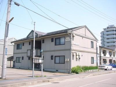 新潟県長岡市の築24年 2階建の賃貸アパート