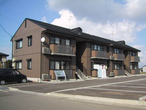 新潟県長岡市の築16年 2階建の賃貸アパート